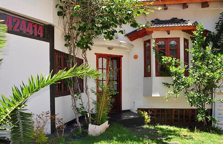 85ad01f91570d Zona  Villa Carlos Paz. Tel.  03541 15230019